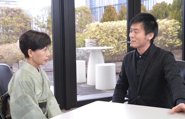 太刀川 英輔(たちかわ えいすけ) 田中優子