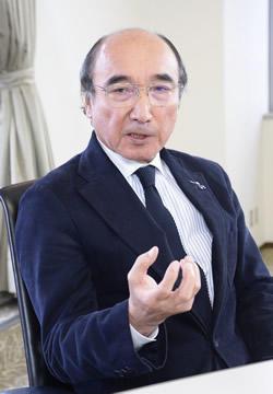 岡本 吉晴さん